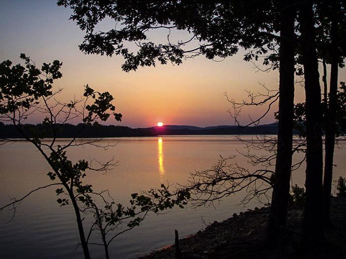 Eagle Vista Spur: Sunrise at our primitive campsite.